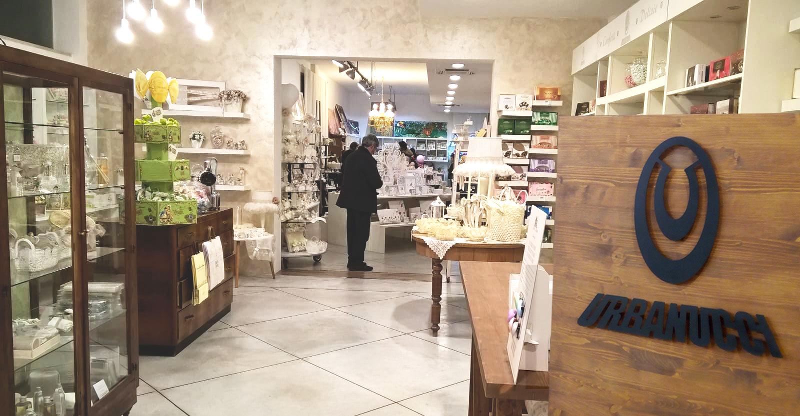 Interni negozio Urbanucci